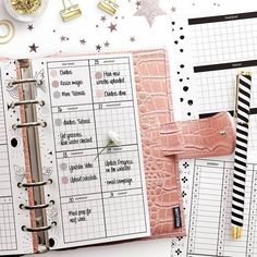 Just made a bunch of black and white weekly planners!! Swipe left to check out all Recipe Codes Printable Letters, Printable Labels, Printable Planner, Free Printables, Custom Planner, Planner Layout, Planner Organization, Weekly Planner, Calendar