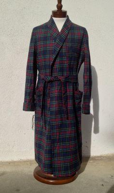 Vintage 1960 s PENDLETON Robe Smoking Jacket Authentic Allison Tartan Plaid  100% Wool Made in the USA Medium 33ac26a43