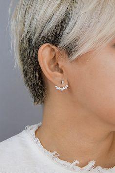 Angara Round Diamond Arc Shaped Ear Jacket OQXiIX