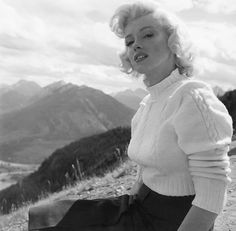 Marilyn Monroe photographed by John Vachon, 1953.