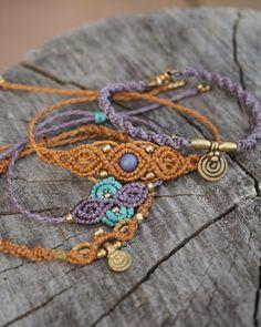 "70 oznaka ""sviđa mi se"", 3 komentara – alisa (@shadlada) na Instagramu: ""#macrame #bracelet #orange #purple #lila #gold #herbs #macramejewellery #micromacrame #madeinberlin…"""