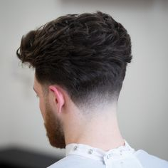 Hairstyle Fade, Quiff Hairstyles, Barber Haircuts, Haircuts For Men, Low Taper Fade Haircut, Crop Hair, Men Hair Color, Faded Hair, Hair And Beard Styles