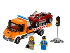LEGO City Town - Flatbed Truck and thousands more of the very best toys at Fat Brain Toys. There's not a car in town broken or stranded for long. You and LEGO flatbed tow truck are on the job! The tow truck tilts, the winch h. Lego Truck, Lego City Sets, Lego City Police, Lego Construction, Buy Lego, Shop Lego, Lego Toys, Starter Set, Lego Design