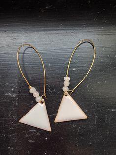 Les BO triangle beige rosé