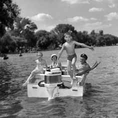 1958 Mercury Outboards Cabin Cruiser Boat, Fishing Hook Knots, Classic Boat, Vintage Boats, Old Boats, Water Toys, Sail Away, Boating, Old Photos