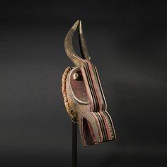 Galerie Flak – Online Viewing Room Field Museum, New York Museums, Native American Art, Ancient Art, Room, Native American Symbols, Native Americans, Old Art, Bedroom