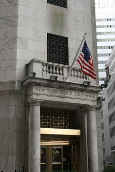 Wall Street ~ New York Stock Exchange Wall Street News, Wolf Of Wall Street, London Stock Exchange, I Love Nyc, New York City Travel, City That Never Sleeps, Best Cities, Stock Market, Places To See