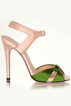 Giambattista Valli - Accessories 2013 Pre-Spring - LOOK 3 Sexy Heels, High Heels, Spring Look, Spring Summer, Shoe Boots, Shoes Sandals, Chic Chic, All About Shoes, Giambattista Valli
