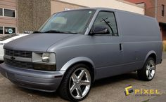 Basic model in great gray vynial wrap 85 Chevy Truck, Lifted Chevy Trucks, Gmc Trucks, Chevy Vans, Station Wagon, Custom Van Interior, Chevy Astro Van, Gmc Safari, Chevy Express