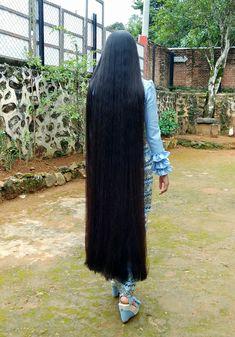 Long Dark Hair, Long Layered Hair, Long Hair Cuts, Thick Hair, Long Hair Styles, Beautiful Long Hair, Gorgeous Hair, Shiney Hair, Pin Straight Hair