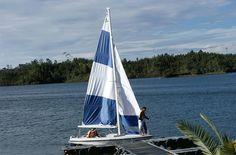 Tour ecológico, navegación en velero. Embalse Guatapé Antioquia, Colombia.