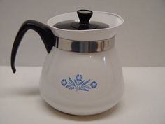 Corning Ware 2 Quart Teapot, 8 Cups, Cornflower Blue by GandTVintage on Etsy