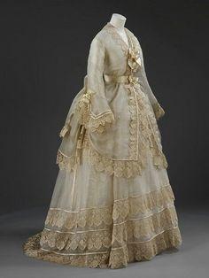 Robe de mariée, 1874 Angleterre