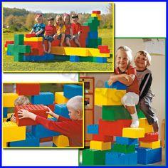 MAXI MATTONI 30x16h cm SET 52 PZ    Giganteschi mattoni ad incastro coloratissimi e leggeri, in materiale acrilico, consentono di realizzare anche grosse costruzioni con grande facilità.  Set da 52 mattoni maxi dimensioni 30x16h cm.    Codice: 106.07367