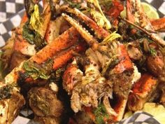 Jerk Crab Recipe by Chuck Hughes combines the spicy taste of Jamaican jerk seasoning with the savory flavor of crab. Crab Dishes, Seafood Dishes, Seafood Boil, Seafood Meals, Crab Boil, Jamaican Dishes, Jamaican Recipes, Chuck Hughes, I Love Food