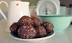Whydo I feel this recipe is the last you will ever have to search for? Because it is actually more of a 'formula' than it is a recipe. This recipe is simply a base recipe that you can then play off of to create the bliss ball recipe (or recipes) of your dreams. I will …