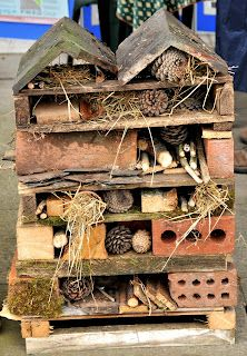 Bug home for the garden~ I would have loved to play with this as a kid. I love this idea. So CUTE.