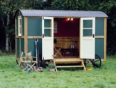 Shepherd Hut construction