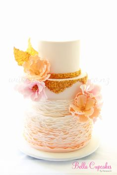 Bella Cupcakes: Peach & gold with large blooms!