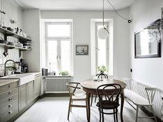Interiors | Neutral Toned Apartment