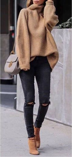 45 Perfecte winteroutfits voor inspiratie / 005 - Pullover - 45 Perfect winter outfits for inspiration / 005 - Pullover - outfits ideas Cozy Winter Outfits, Winter Fashion Outfits, Look Fashion, Autumn Fashion, Womens Fashion, Black Jeans Outfit Winter, Winter Wear, Winter Clothes, Fashion Clothes