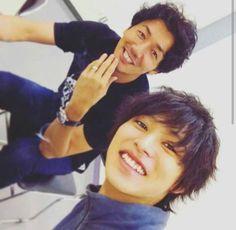 "Tomohisa Yuge as Aizawa x Kento Yamazaki   [Preview, Ep.10] https://www.youtube.com/watch?v=Bity7mX3-uA&list=PLsngiO283dHhq2sTF9MPKz1qxiiH8rwer  Kento Yamazaki, Masataka Kubota, Hinako Sano.  J drama series ""Death Note"",   [Ep. w/Eng. sub] http://www.dramatv.tv/search.html?"
