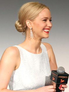 9 Easy Holiday Hair Ideas, Brought to You By Celebs   Jennifer Lawrence's sleek chignon