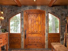 Entry and Foyer Photo Gallery - log homes and timber homes Cabana, Log Cabin Homes, Log Cabins, Rustic Cabins, Timber House, Cabins In The Woods, Home Living, Living Room, Living Spaces