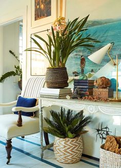 I Wanted Charming Home Decor, But Ended Up With Blah - wonderful table styling and interior design by William McClure Tropical Home Decor, Tropical Houses, Coastal Decor, Tropical Interior, Tropical Colors, Bohemian Beach Decor, Tropical Style, Coastal Cottage, Coastal Living