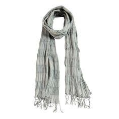 Sciarpa 80% cotone e 20% seta a righe grandi trasparenti, con frange. Made in india. Dimensioni: Lunghezza 200 cm, Larghezza 60 cm