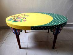 In einer kleinen Werkstatt in Singapur bekommen ausrangierte Secondhand- und alte Vintage-Möbel ein ganz neues Gesicht. Unsere Experten von Art From Junk machen aus den Tischen, Stühlen und Kommoden, die niemand mehr haben will, wunderschöne Statement-Teile, die jede Wohnung aufwerten.