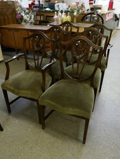 Stunning Set Of 2x Cavers & 4x chairs - Upholstery Project -------------------------------- Was £120 Now £96 (PC136)