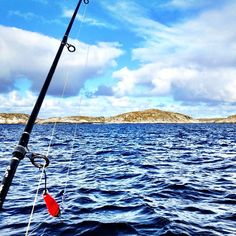 Go fish! At Kvenvær west of the island of Hitra you might catch cod, mackarel, pollack, ling, haddock and tusk. Instagram photo by @opplevtrondelag  #fishing #kvenvær #hitra #coast #trøndelag #norway #opplevtrondelag #visitnorway #travel