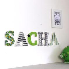 prénom SACHA thème football vert gris - cadeau football - cadeau foot - prénom foot - grandes lettres - mylittledecor : Décoration pour enfants par mylittledecor