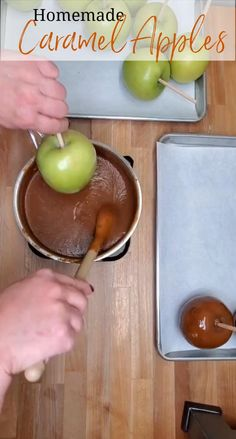Apple Recipes Easy, Fall Recipes, Homemade Candies, Homemade Caramel Apples, Caramel Apple Recipes, Homemade Caramels, Delicious Desserts, Dessert Recipes, Chocolates