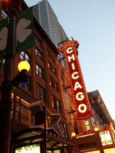 Chicago Theater (Chicago Neon Daze 8).