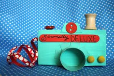 toy camera  made from recycled materials - thinking of making one of these so the kids can pretend to be Dashi from the Octonauts.