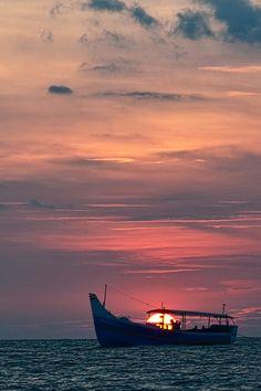 Sunset at Kappad Beach, Kerala, India #Travel