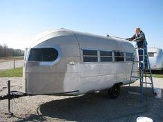 VintageCampers.com :: Vintage Campers, Vintage Trailers, Vintage Parts, Vintage Restorations