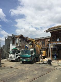 建て替えとなります。 解体工事の真っ最中です。 詳しくは http://naturefield.jp/73520/?p=5&fwType=pin