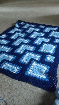 Ravelry: Tiles Granny Afghan pattern by Darla J. Crochet Baby Blanket Free Pattern, Crochet Square Blanket, Crochet Square Patterns, Crochet Squares, Crochet Granny, Granny Squares, Crochet Flower Tutorial, Crochet Afgans, Crochet Bebe