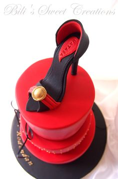 high heel cake in red and black