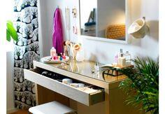 12.Vanity-desk