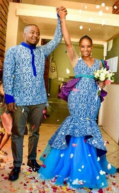 Shweshwe Traditional Wedding Dresses For South African 2019 – Pretty 4 Shweshwe Traditional Wedding Dresses For South African 2019 – Pretty 4 Related posts: Traditional Shweshwe Dresses 2019 For Wedding South African Designers Traditional Dresses 2019 Couples African Outfits, African Fashion Dresses, African Dress, African Clothes, Indian Fashion, Wedding Dresses South Africa, African Wedding Attire, African Traditional Wear, African Traditional Wedding Dress