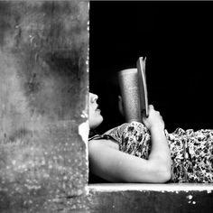 Reading | Photo: Rosario Leotta