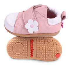 Pink Smiley / Flower by shoo shoos http://shooshoos.com