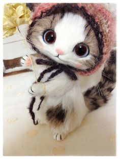 *NEEDLE FELTED ART ~ kitten by Japanese artist Creamy.