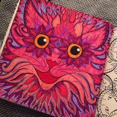 Right enjoyed colouring in the Cheshire Cat from the Escape To Wonderland…