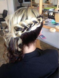 DiaGnol dUtCh braid n curls... Look at the color of the hair