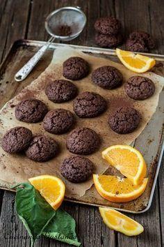 Amaretti from Italy - HQ Recipes Italian Pastries, Italian Desserts, Italian Recipes, Biscotti Biscuits, Biscotti Cookies, Chocolate Cookies, Chocolate Recipes, Sweets Recipes, Real Food Recipes